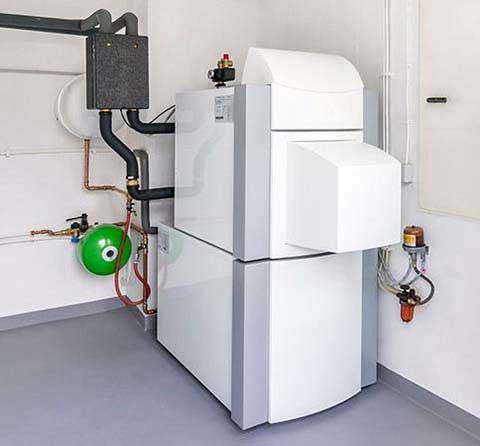 480*446 grosse chaudière blanche image cliquable pour lancer la video plombier 79.fr